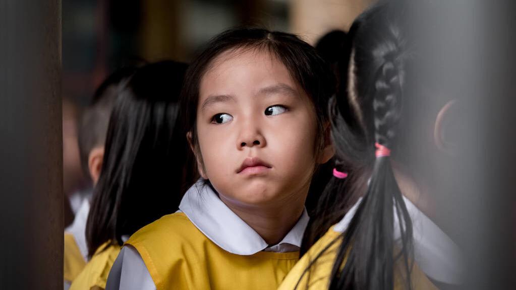 孩子出現了心理問題,常常會伴有5種表現,家長別不以為然