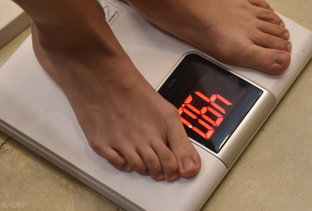 减餐坚持4个黄金法则,分解多余脂肪,身材慢慢瘦下来