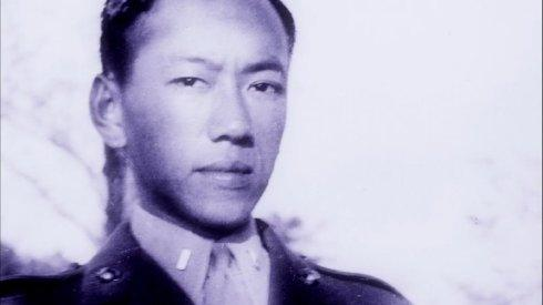 华裔美军吕超然大喊:别开枪我是中国人!诱杀志愿军成为美国英雄
