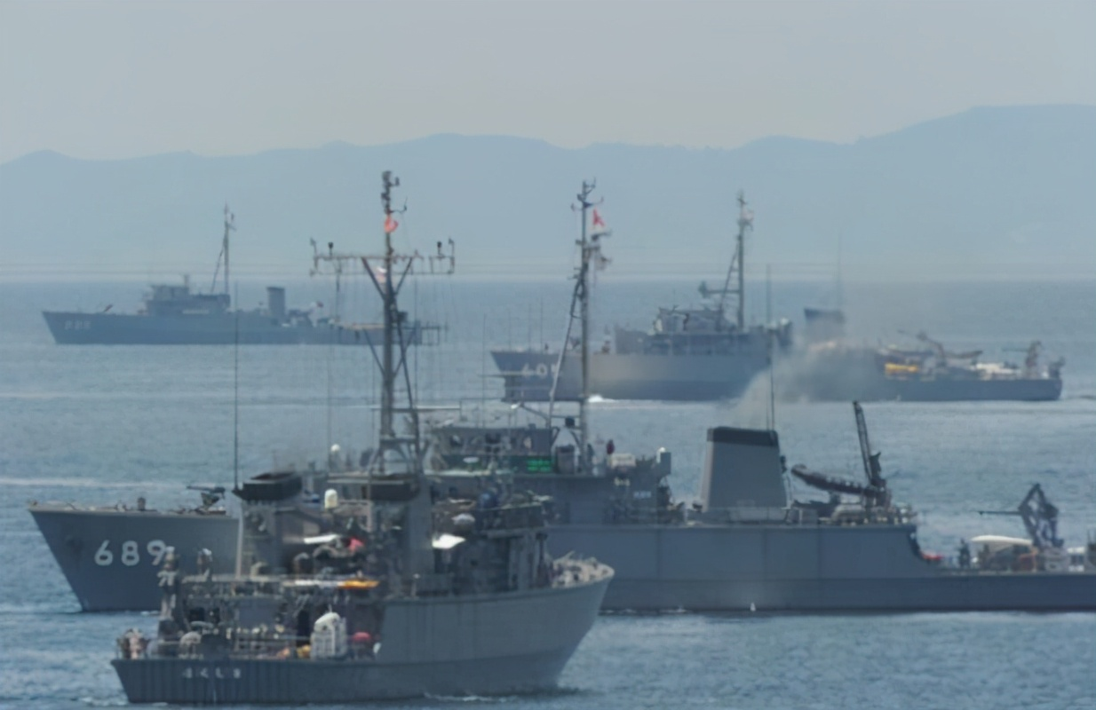 自证清白?加入RCEP后日美在东海附近军演,菅义伟:遏制中国