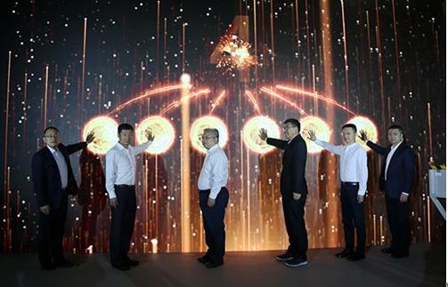 2021版熊猫金银币铸造开机仪式在深圳国宝厂隆重举行
