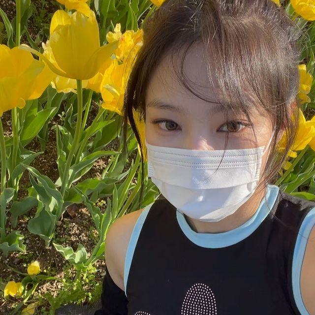 Jennie访问植物园,被指缺乏纪律性,官方回应迎来大反转