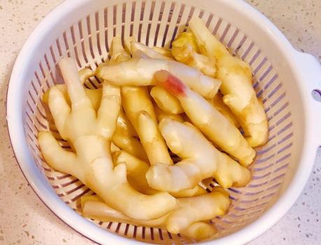 醋泡姜的做法步骤图 让家人精神充沛度过夏天