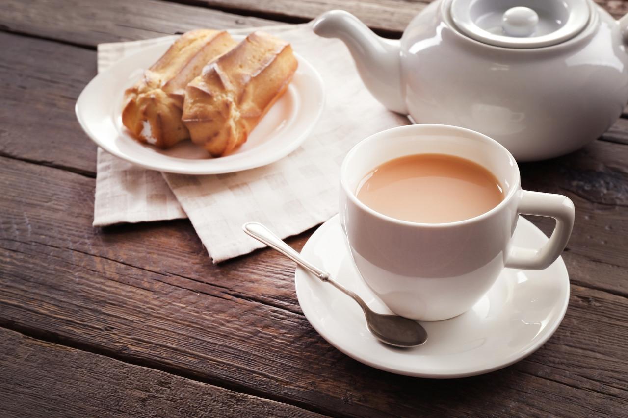你喝了秋天的第几杯奶茶了?专家给你揭秘4个奶茶背后的危害,少喝为妙