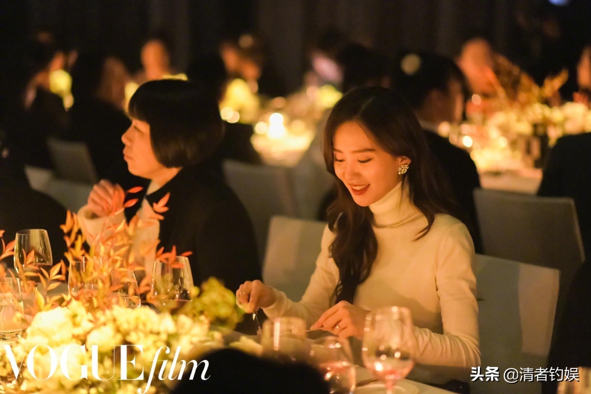 vogue晚宴刘诗诗像小说里的豪门千金,一举一动知性漂亮