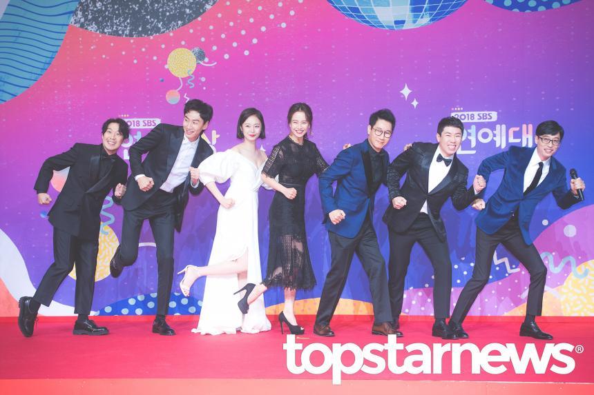 《哲仁王后》崔尚宫来了!用表情跳舞,超大反差吓坏RM成员