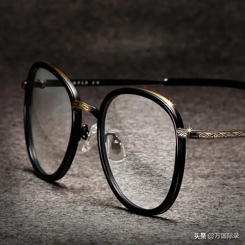 眼镜怎么擦都模糊?那是你方法不对,注意这2点眼镜立马干净明亮 家务卫生 第1张