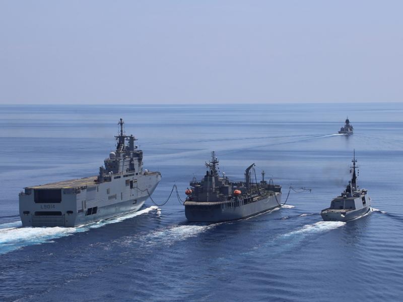距我领海不到13海里,法国两栖攻击舰逼近西沙群岛,小心引火烧身