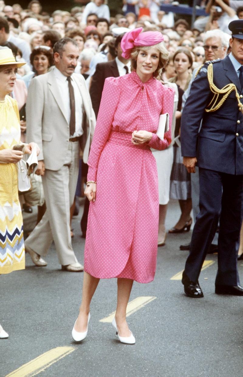 现在的流行都因为她!时尚鼻祖戴安娜王妃带起的5大时尚单品