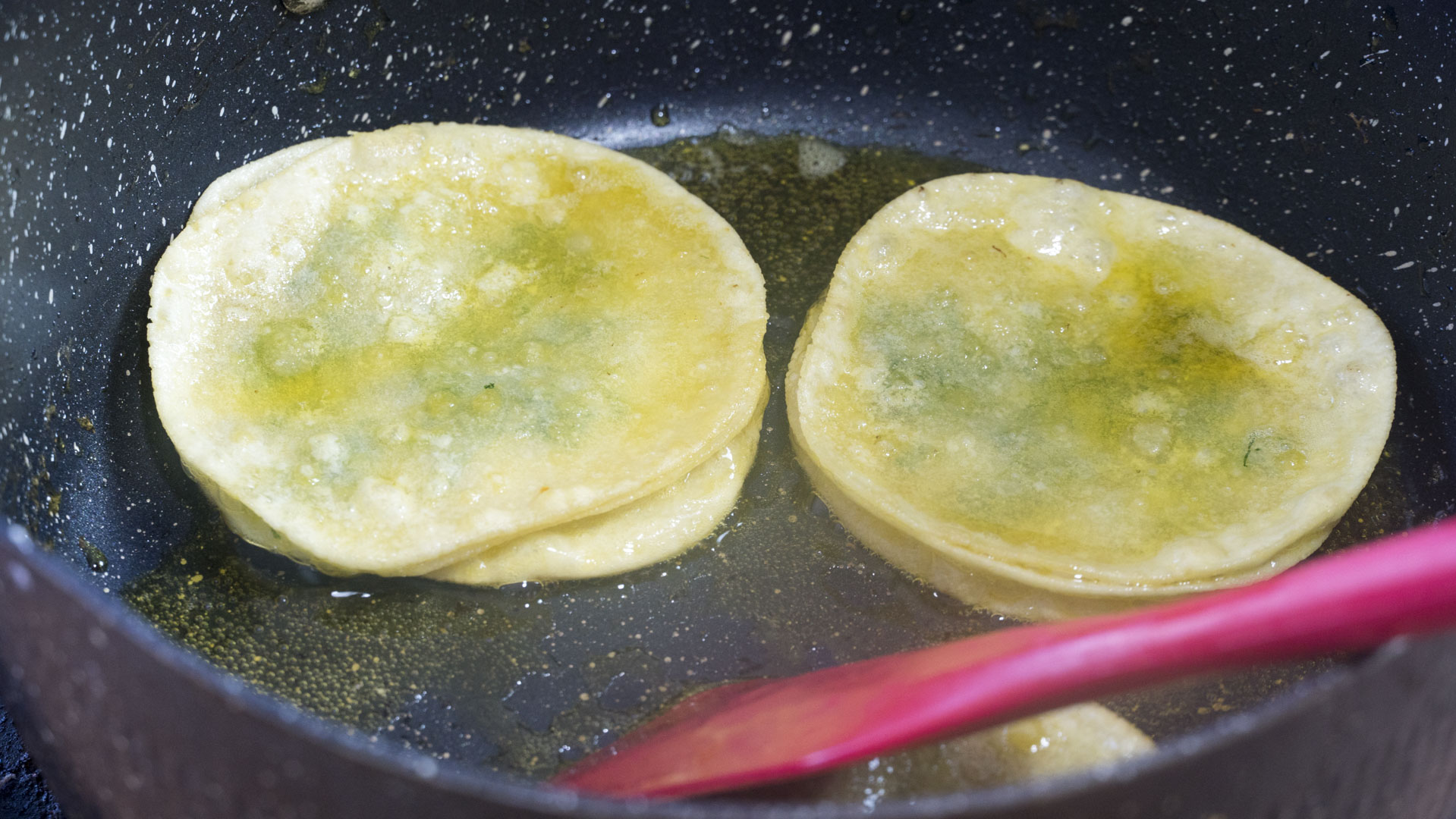 早餐别吃包子馒头了,1块钱饺子皮,教你5种吃法,做法简单又解馋 美食做法 第40张
