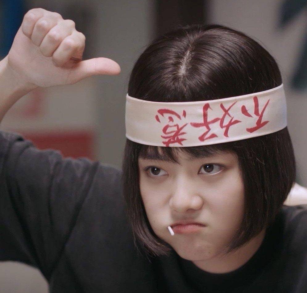她庭审哽咽发言太让人心疼,可也是妈妈把谭松韵变成更好的演员