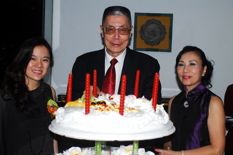 钢琴大师刘诗昆81岁再当爹,小36岁太太亲证,打破赌王记录