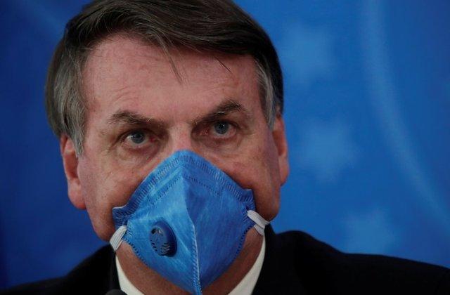 不信口罩,也不愿接种疫苗,巴西总统:这是我的权利