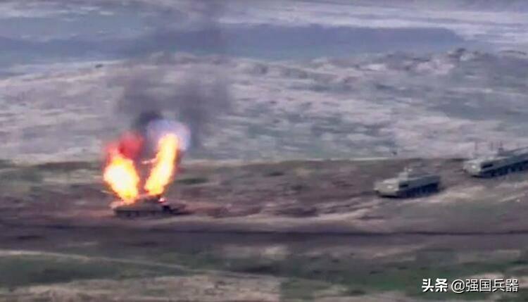 亚阿战争启示:陆战之王的坦克会变成任人宰割的陆战之铁王八吗?
