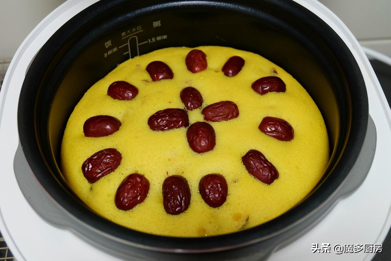 早餐蛋糕自己做,用料簡單做法更簡單,不用烤箱更輕鬆,香甜美味