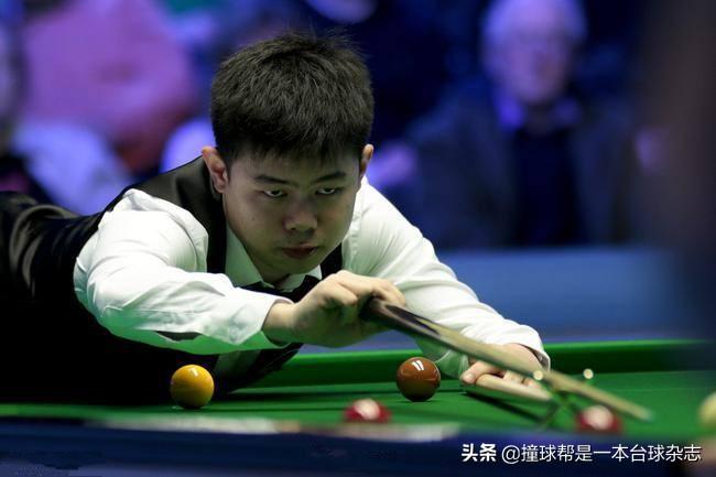 「冠军联赛」宾汉姆全胜出线 中国体育当红主播肖国栋涉险过关