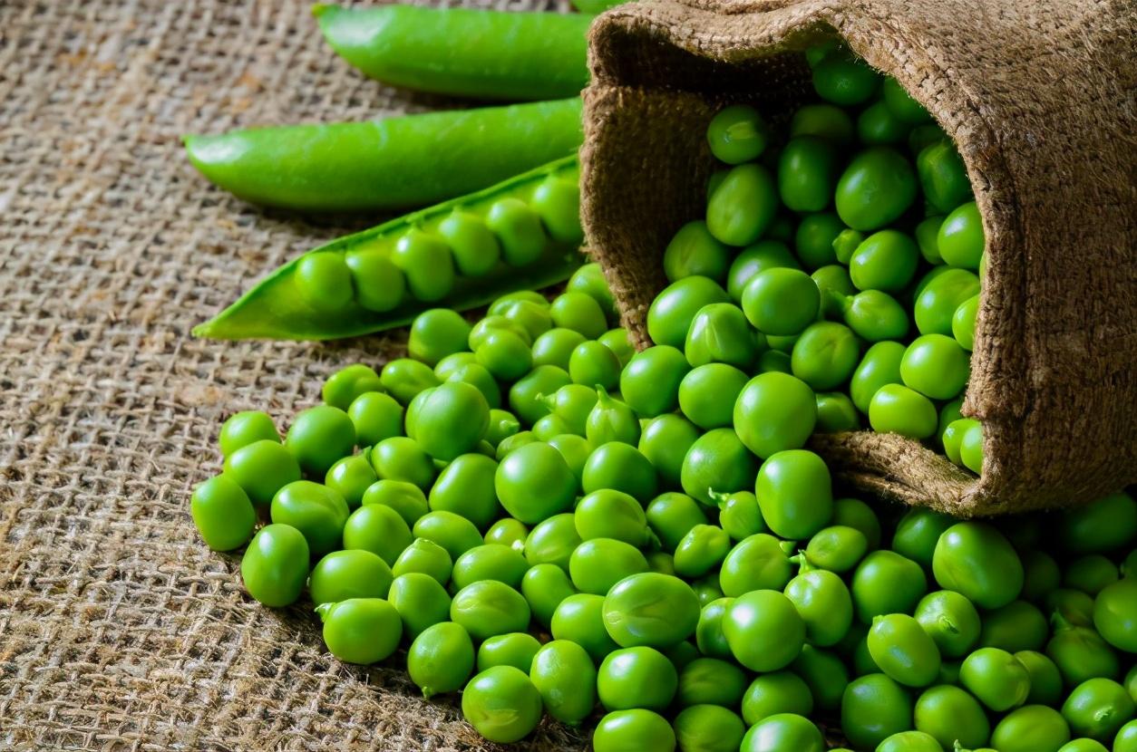 剥好的豌豆米,别直接冷冻,学会1个技巧,放1年还新鲜,又绿又嫩 美食做法 第6张
