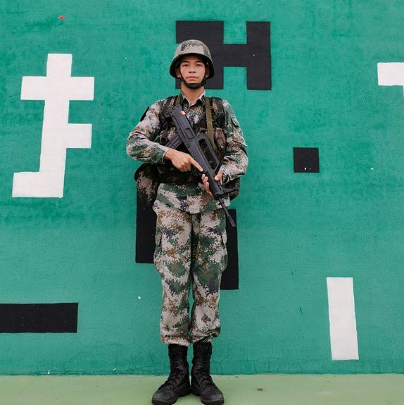 武昌理工学院退役复学大学生陈奇:退役不褪色 初心永不变