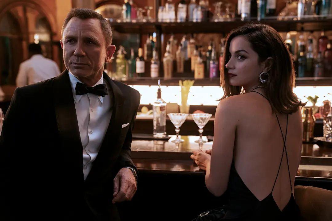 007无暇赴死来了!耗资3亿推迟7次终于定档,网友:可算盼到了