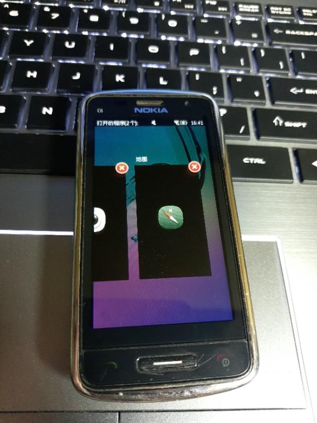 Nokia智能机有史以来很經典的一部手机c6-01
