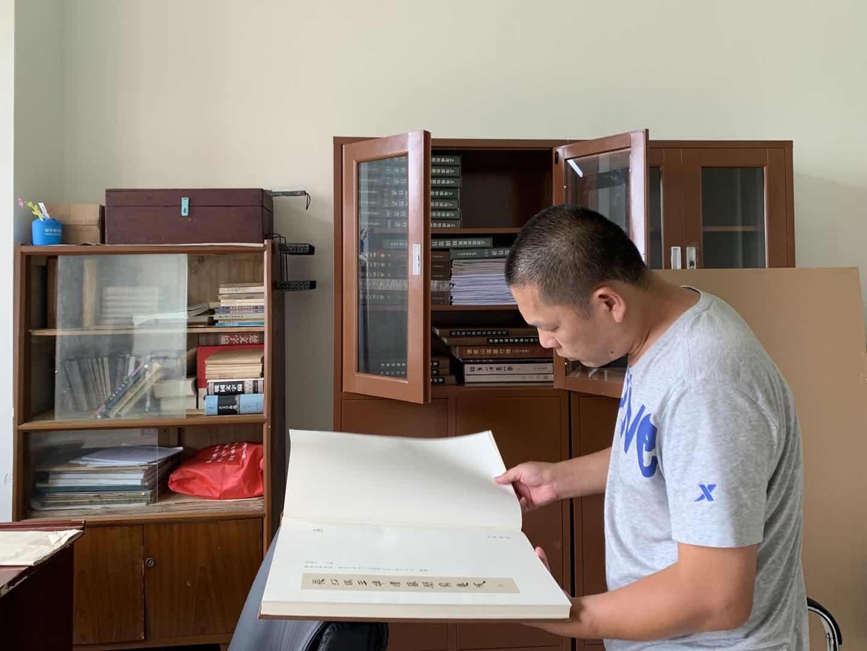 东北三轮车夫在复旦大学读完博士,现在过着这样的生活……