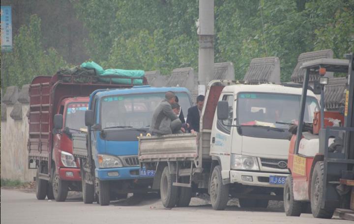 中国和澳大利亚卡车司机的一天,差距显著