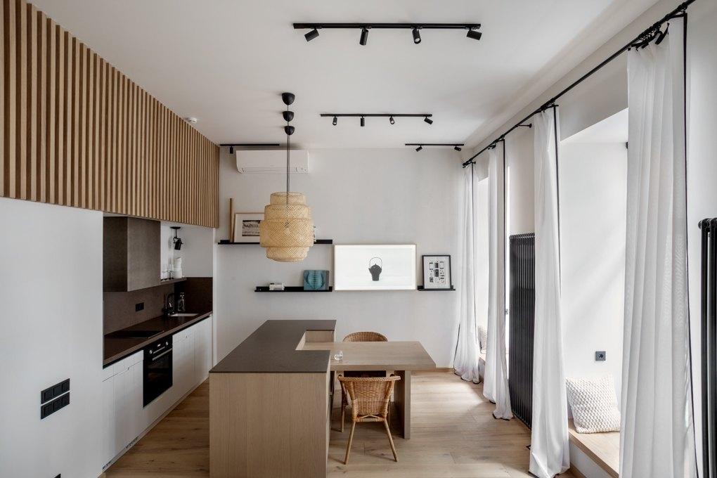 40平层高3米9,这种房还不算难装,玄关搭架空层,转弯变小二层