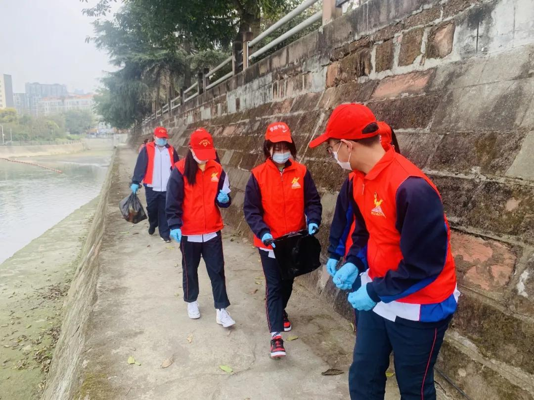 「华中学子志愿服务」|学雷锋 爱绽放