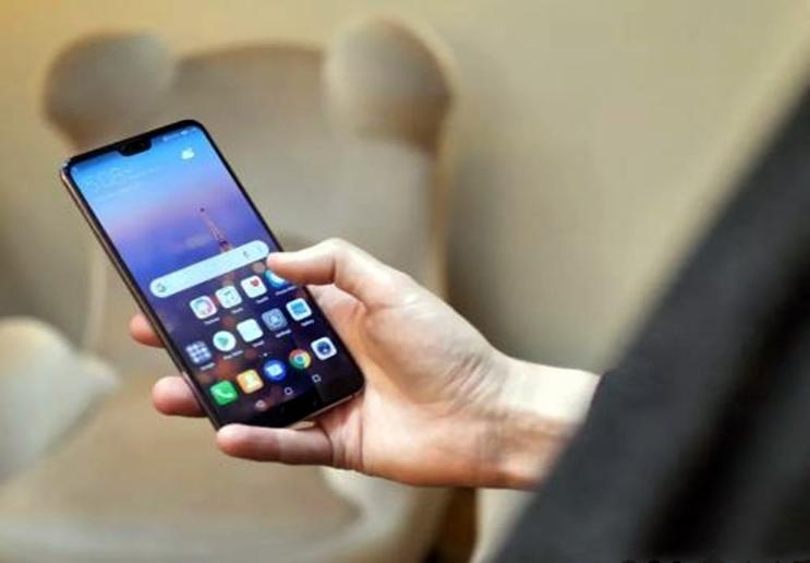 华为公司也想不到,从4988跌至1649,千元手机P20Pro仍在热销