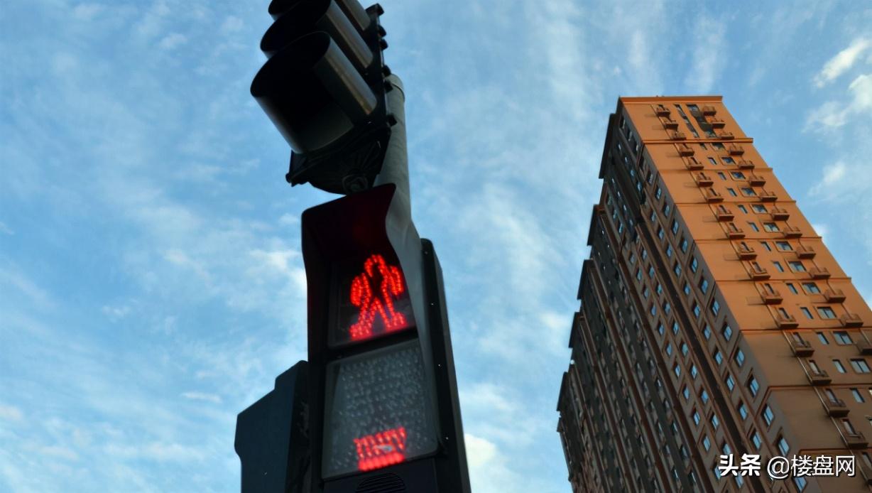 房價怎么還沒跌?樓市最大炒房團還沒行動,手握1.3萬億房產
