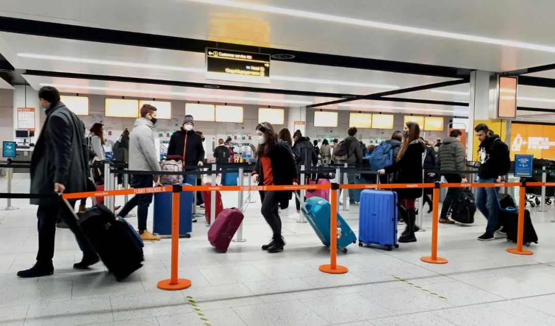 华人注意!入境加拿大的航班乘客,必须出示核酸检测阴性证明