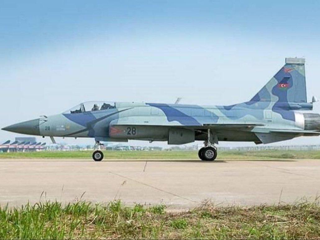 阿塞拜疆购21架枭龙战机,我国战机技术迎来实战检验 原创海事先锋2021-01-21 17:39:43 阿塞拜疆和亚美尼亚的纳卡冲突刚刚落幕,双方剑拔弩张的紧张气氛却依然延续,阿塞拜疆在纳卡冲突中,依