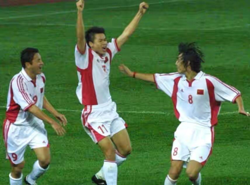 于根伟一脚把国足踢进世界杯,天津足球旗帜,球商最高的中国球员