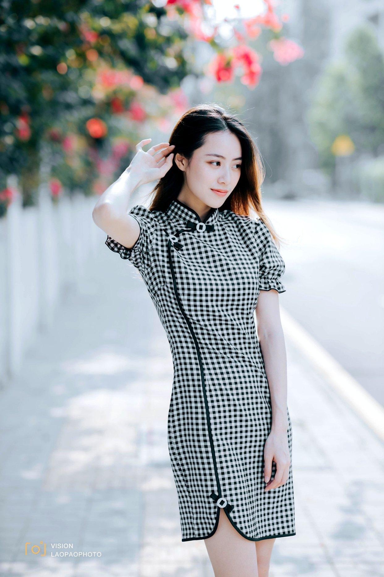魅力女人,由内而外散发的魅力,拍照也要一举一动优雅好看