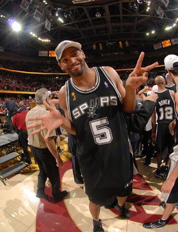 NBA戒指數量誰最多?指環王只排第3,榜首戒指三隻手都戴不完!-黑特籃球-NBA新聞影音圖片分享社區