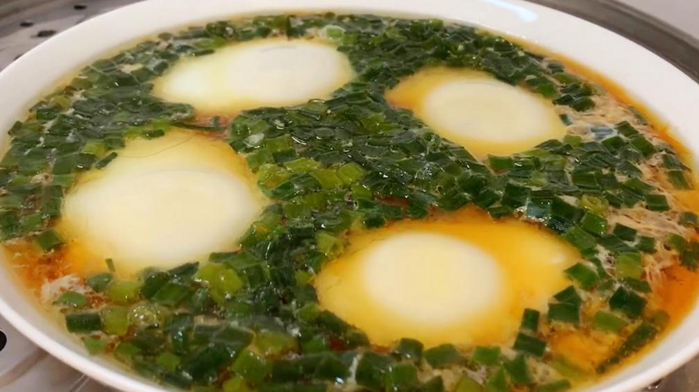 最近雞蛋這吃法很火,外面30一份,自己做不到5元,營養又解饞