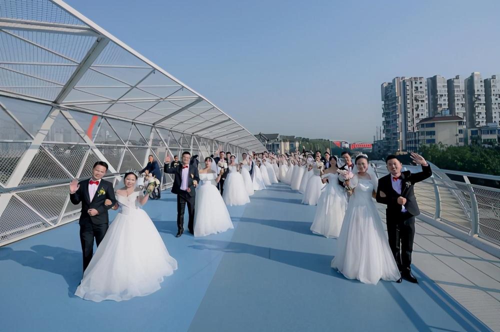 """""""家文化""""满满的幸福!中国网安在蓉举办""""守护·爱""""集体婚礼"""