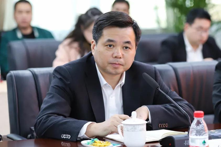乐清市委市政府领导莅临正泰开展新春慰问