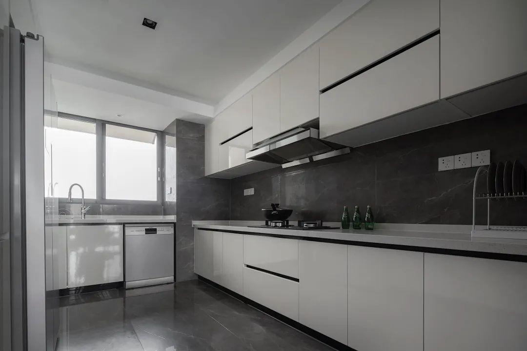 150㎡现代简约,满屋高级灰材质,现代时尚的家居,低调又档次