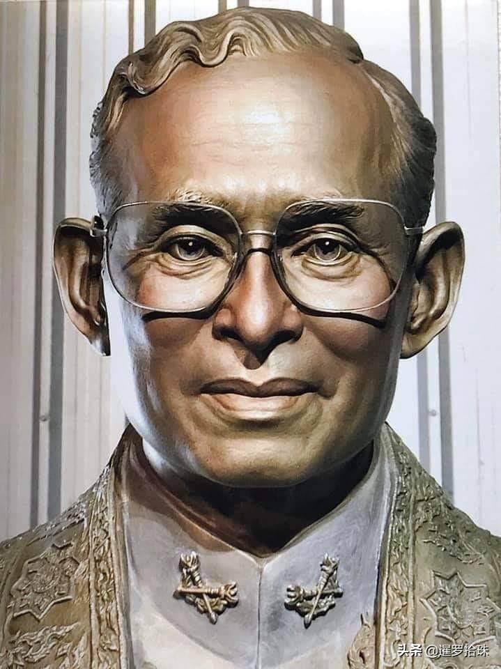 美国在幕后支持泰国学生反对君主制,泰前总理他信竟是幕后推手