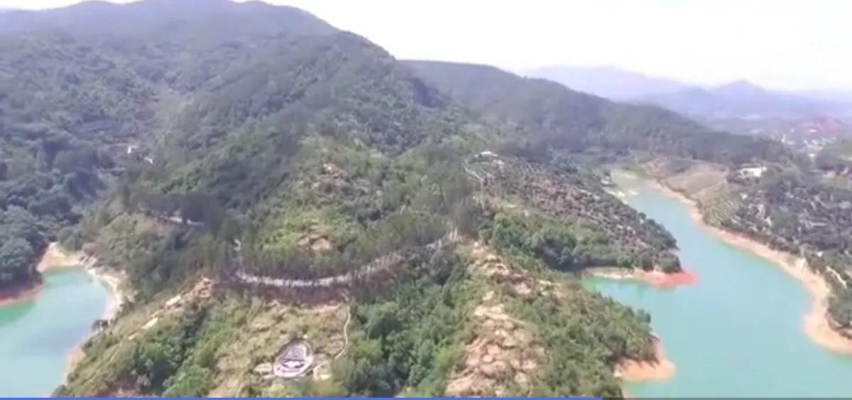 曾祥裕团队粤西行 转山转水转名地  只为途中与风水名穴相见