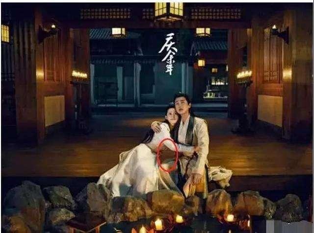 张若昀对老婆的爱写在脸上,在拍戏时也避嫌,他们也都是好男人