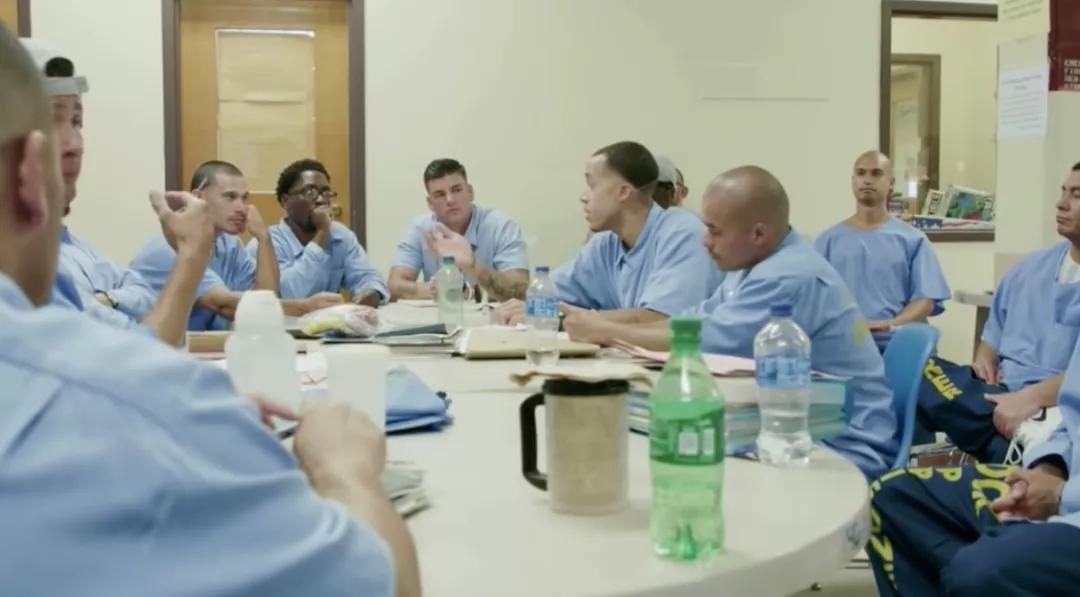 美国加州的男子监狱,住了一群女权主义者