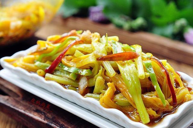 黄花菜怎么吃,鲜黄花菜的做法大全