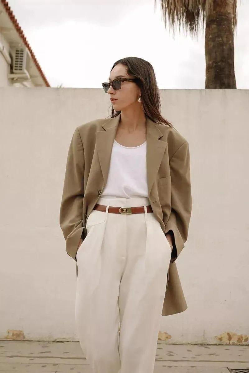 """服装设计的""""断舍离"""",时尚领域的减法哲学"""