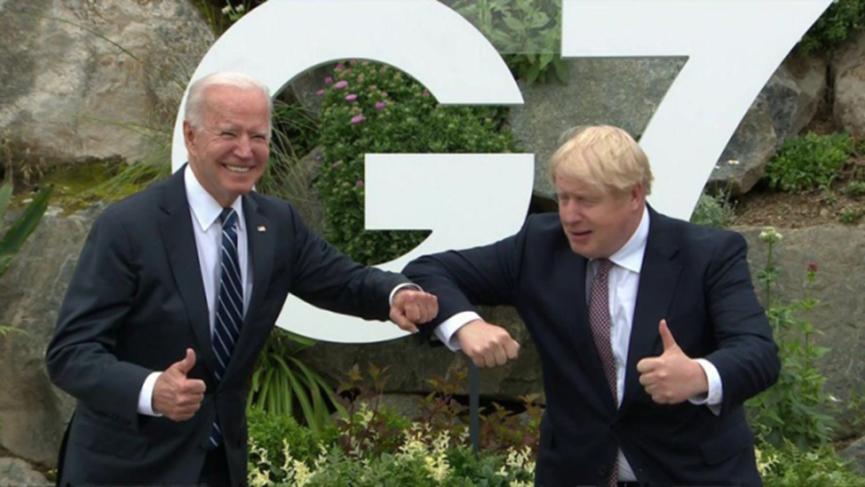 扎心了約翰遜老鐵! 英媒諷刺英國就像美國的狗,渴望得到主人寵愛