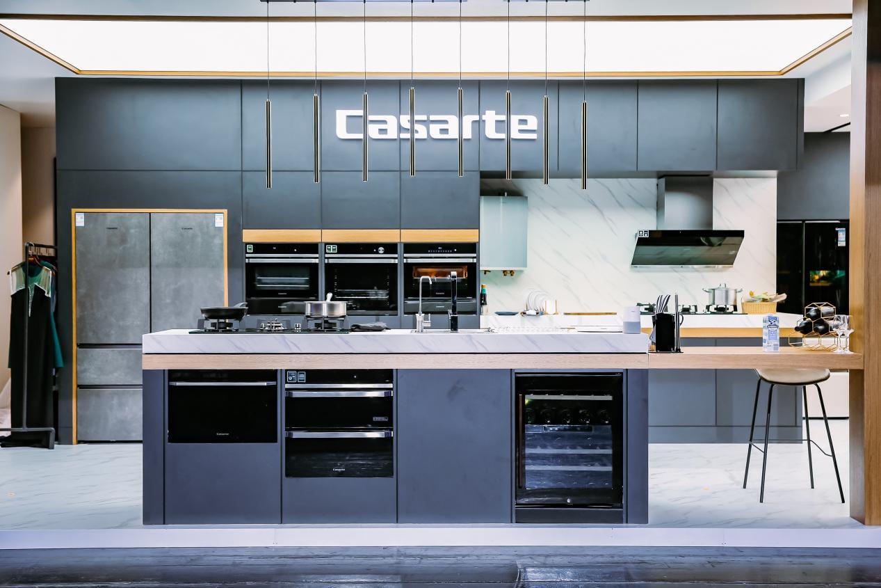 厨电产业持续下跌,该何去何从?卡萨帝卖场景,卖出204%增幅
