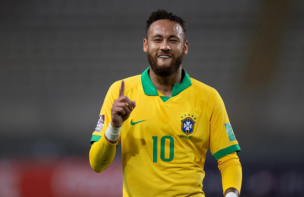 逆转!巴西队两度落后4-2秘鲁,内马尔戴帽,超越大罗纳尔多