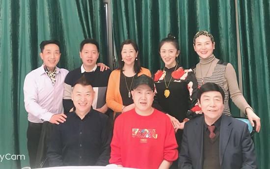 """庆""""三八""""国际妇女节 共商艺术发展之路"""