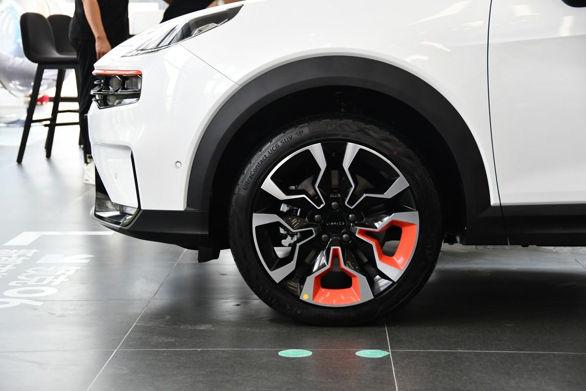 10万出头买精品SUV,领克家族新成员领克06正式上市